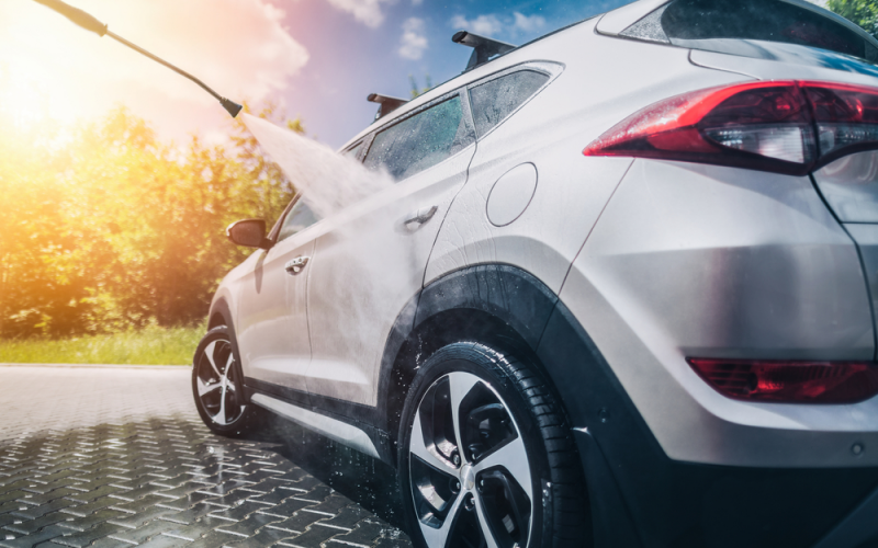 Jet Car Wash: Dos and Don'ts of Pressure Washing Your Car